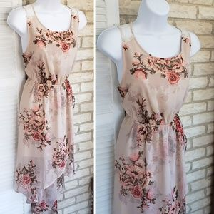 Dresses & Skirts - Nude floral high low dress